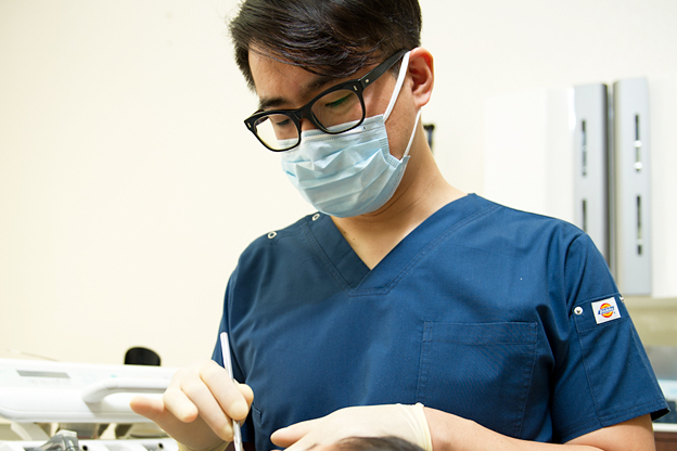 矯正・インプラント・審美なら鳥取市青谷町の宮田歯科医院/インプラント治療の流れ-インプラント埋入手術の準備